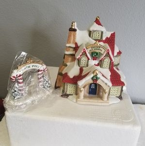 "HAWTHORNE VILLAGE Other - Hawthorne Village Lighted ""Santa's Toy Shoppe"""